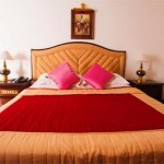 711grand_hotel_bed_room