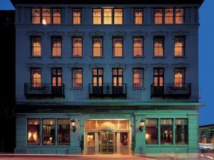 Hotel Dynasty Resorts