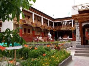 Hotel Lukhil